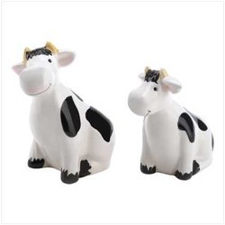 COUNTRY COW SHAKERS SALT AND PEPPER SHAKER KITCHEN