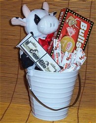 Cow Pail Gift Basket Stuffed Cow Candy Cookie Gifts New