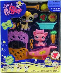 Littlest Pet Shop Deluxe Playset Hungriest Cow and Pig